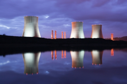 Photo of nuclear plant cooling towers.